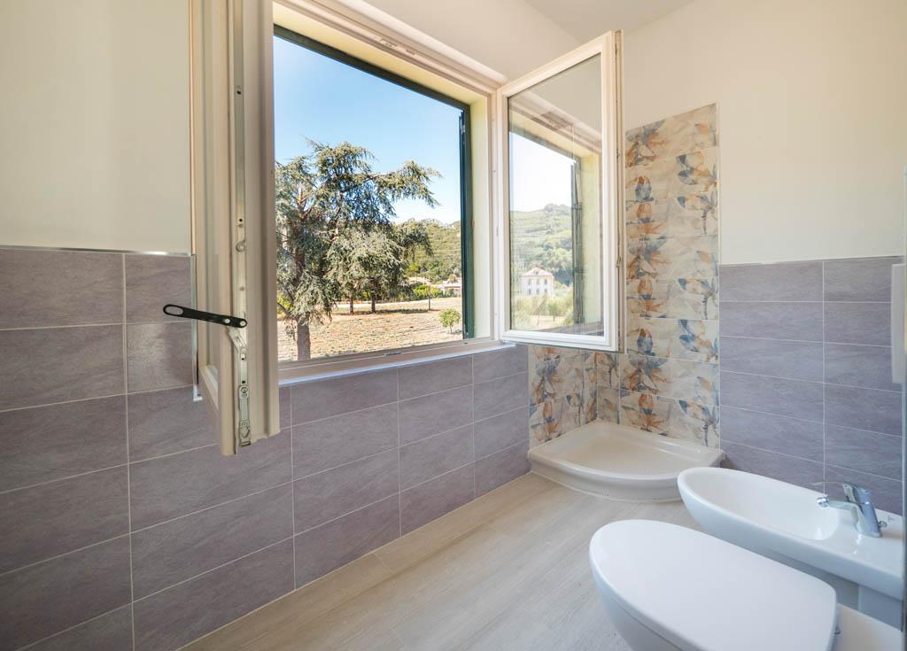 Bilocali e trilocali in villa Limoni a Pietra Ligure
